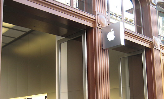 [Translate to English:] apple-geneva